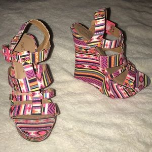 Shoes - Colorful wedges